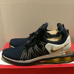 Nike Shoes - NIKE SHOX GRAVITY MIDNIGHT NAVY/MET GOLD Sz.11